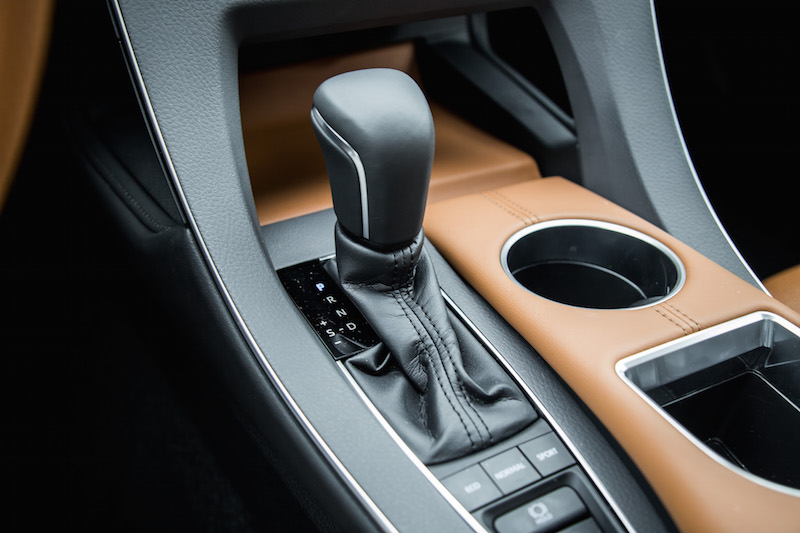 2019 Toyota Avalon Limited gear shifter