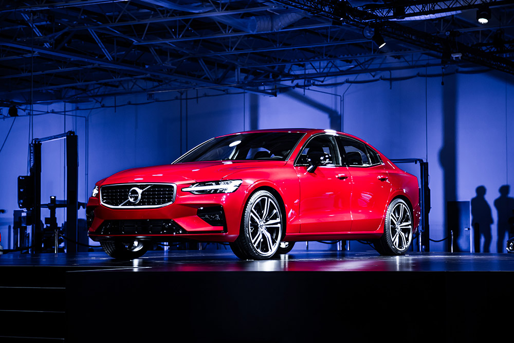 2019 Volvo S60 canada first look pricing