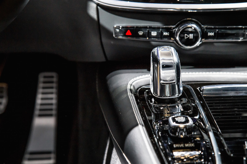 2019 Volvo S60 t8 orrefors crystal gear shifter