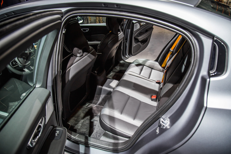 2019 Volvo S60 rear seat legroom space