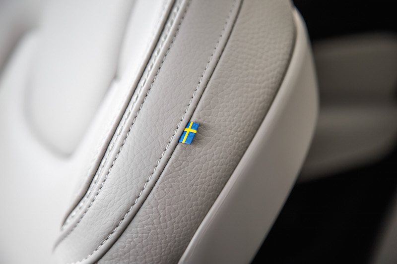2019 Volvo V60 Cross Country swedish flag on leather seats