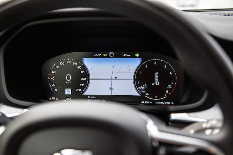 2019 Volvo V60 Cross Country digital gauges instrument cluster