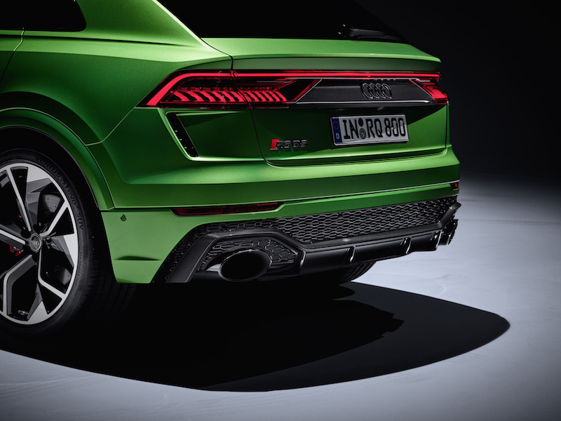 2020 Audi RS Q8 exhausts dual
