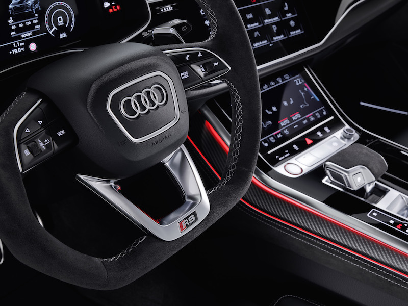 2020 Audi RS Q8 steering wheel
