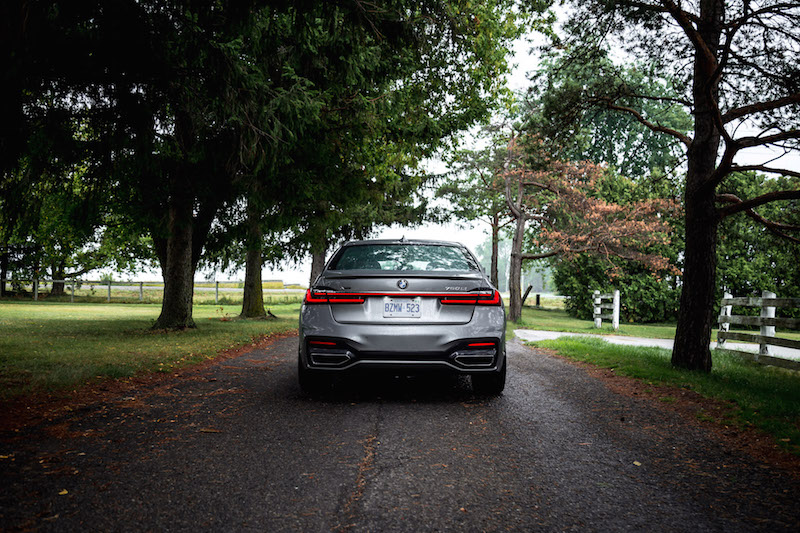 2020 BMW 750Li rear new lights