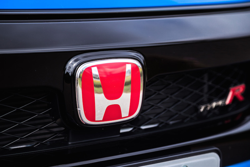 red honda type r badge