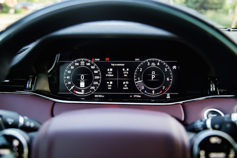 2020 Range Rover Evoque HSE R-Dynamic gauges