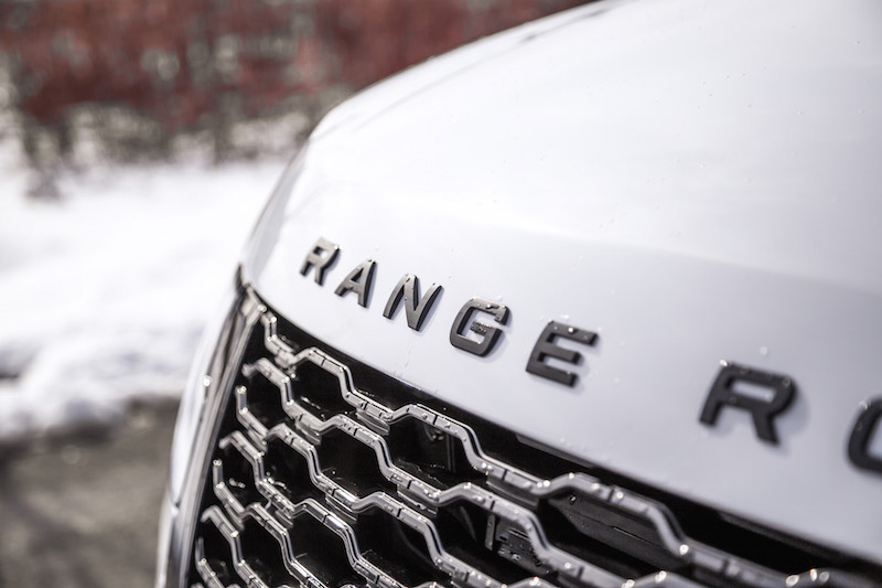 2020 Range Rover Fuji White front badge