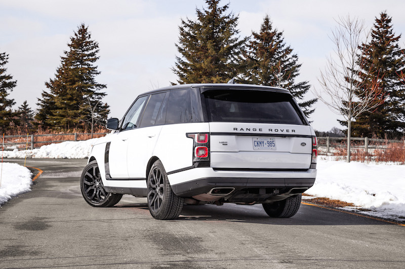 2020 Range Rover Fuji White black accents side gill