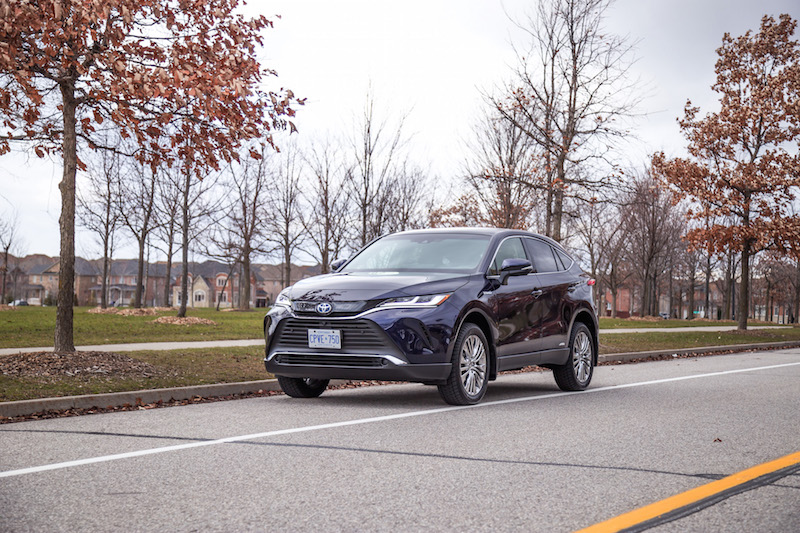 2021 Toyota Venza Hybrid Limited blue paint