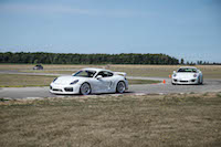 911 gt3 vs cayman gt4